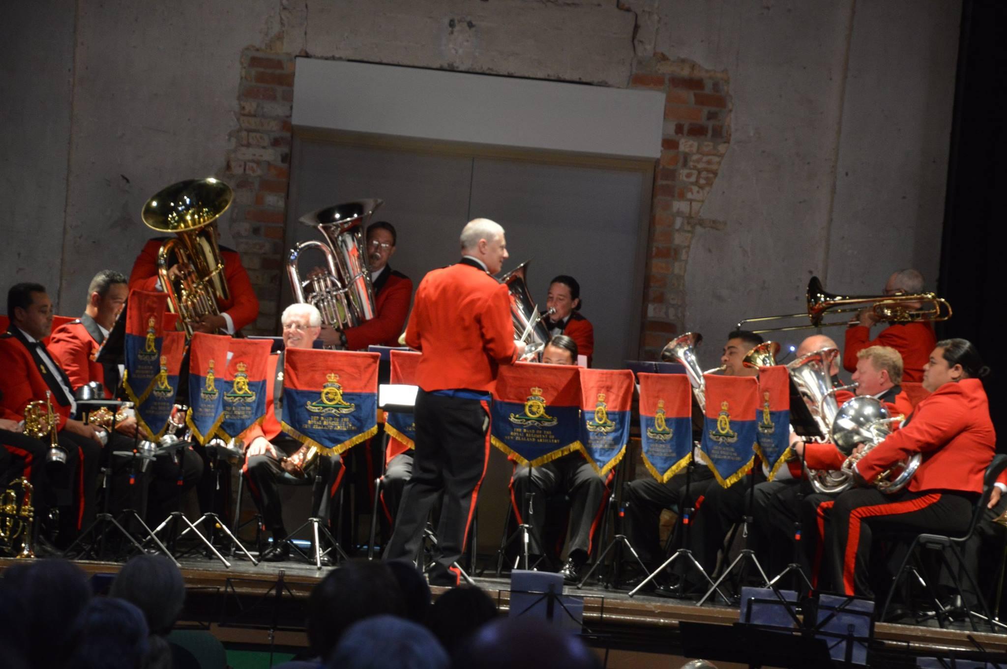 nz-concert-kiwi-band-2